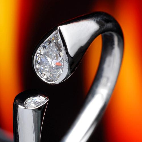 Moderni Zasnubni Prsteny S Diamanty Esterstyl Cz