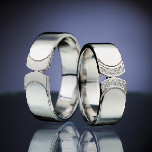 Snubni Prsteny Z Platiny S Diamanty A Safiry Esterstyl Cz