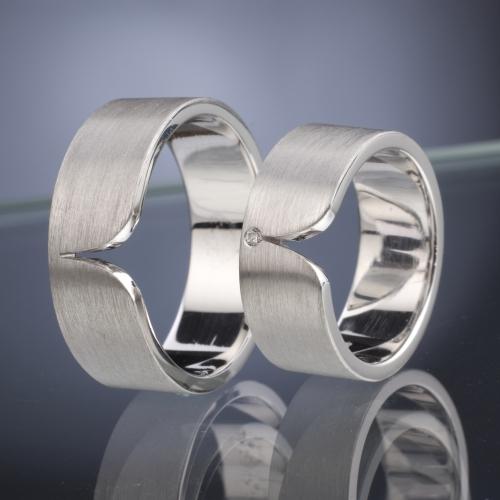 Snubní prsteny s diamantem vzor č. SN44