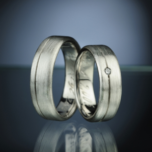 Snubní prsteny s diamantem vzor č. sn5
