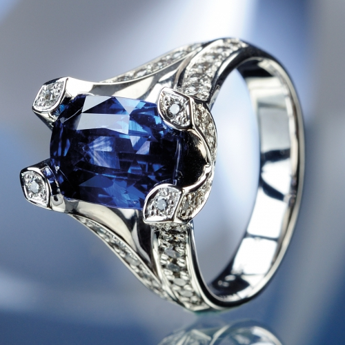 Prsten safír diamanty