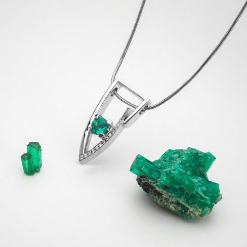 Přívěsek se smaragdem Kolumbie vzor č. 0235