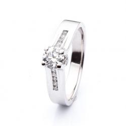Prsten s diamantem vzor č. 0133