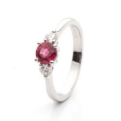 Prsten s rubínem a diamanty vzor č. 0128
