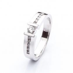 Platinový prsten s diamanty vzor č. 0145