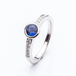 Prsten s modrým safírem vzor č. 0129