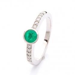 Prsten se smaragdem a diamanty vzor č. 0129