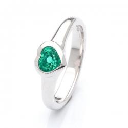 Prsten se smaragdovým srdcem