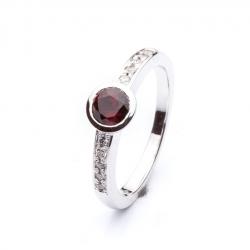 Prsten s českým granátem vzor č. 0129