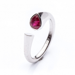 Prsten s rubínovou kapkou vzor č. 0136